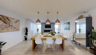 Moderný päťizbový bungalov s veľkou terasou 3D Model
