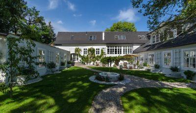 Chránené heslom: Beautiful Vila for Sale in 19th District of Vienna 3D Model