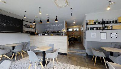 Zabehnutá kaviareň na predaj v Ružinove 3D Model