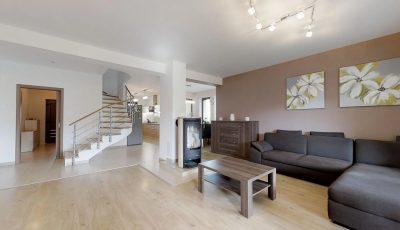 Päťizbový rodinný dom vo vyhľadávanej lokalite Pezinka 3D Model