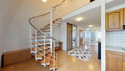 Veľkorysý trojizbový mezonetový byt v Ružinove 3D Model