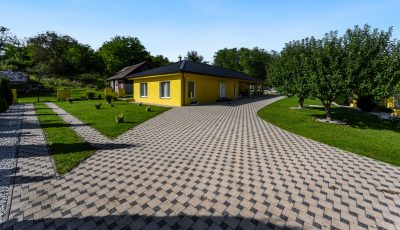 Nádherný rodinný dom s rozľahlým pozemkom v dedinke Demandice