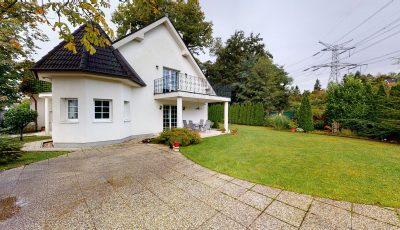 Luxusný veľkometrážny rodinný dom | STUPAVA 3D Model