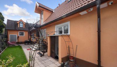 Na predaj 7-izbový rodinný dom vo Vajnoroch 3D Model